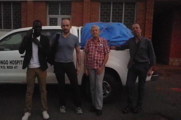 1 - ore 6 in partenza da Mbuya - Patrick Novarina Gianni e Giancarlo
