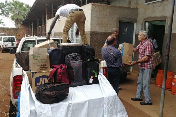 7 -Arrivo del materiale a Kalongo